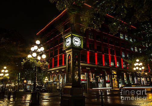 John Daly - Steam Clock Red