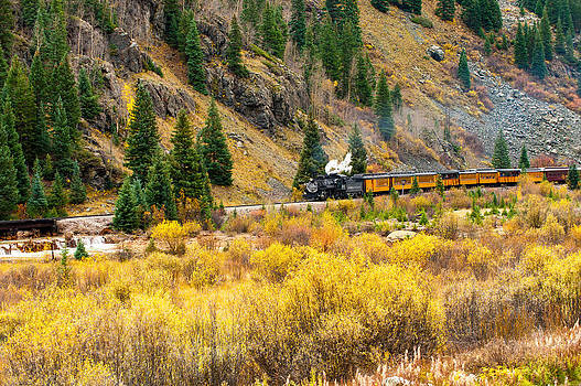 Steam Train 5 by Randy Giesbrecht