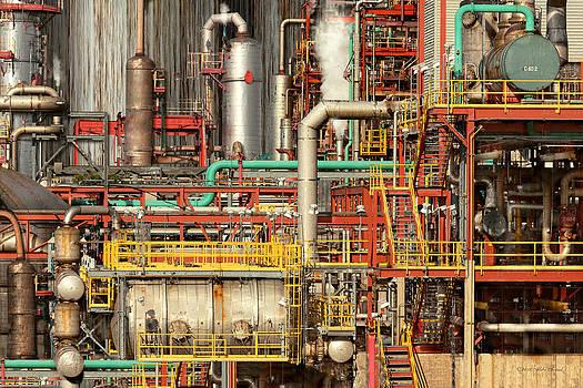 Mike Savad - Steampunk - Industrial illusion