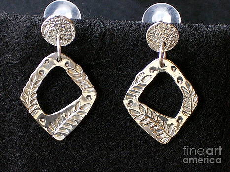 Sterling Silver Post Earrings with Leaf Design by Dyan  Johnson