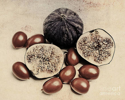 Still Life With Figs And Tomatoes by Susanne Kopp