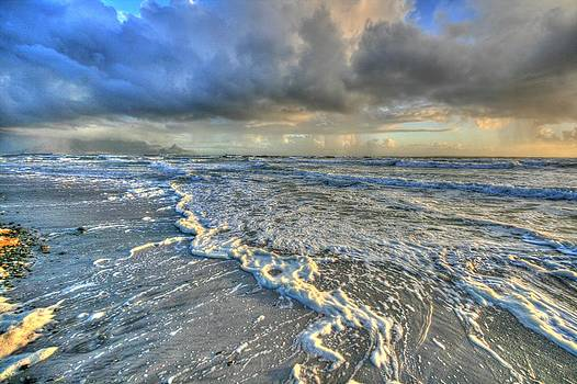 Storm brewing by David Valentyne