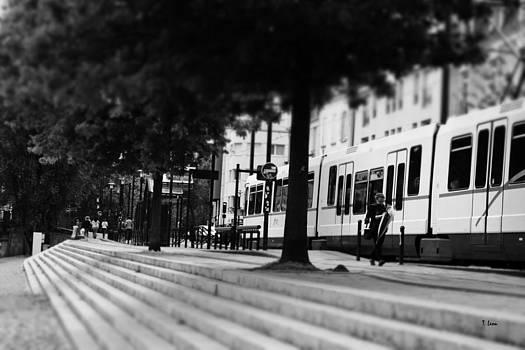 Street view by Thomas Leon