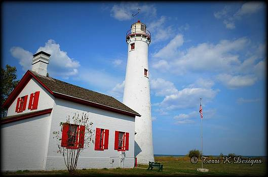 Sturgeon Lighthouse by Terri K Designs
