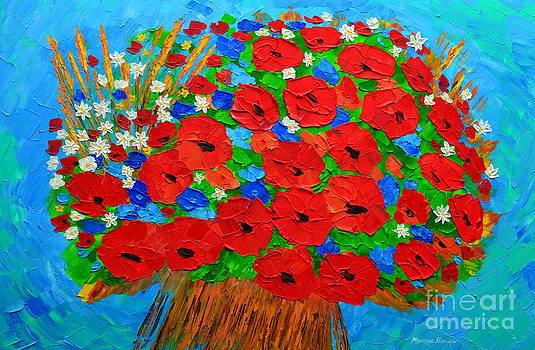 Summer bouquet by Mariana Stauffer