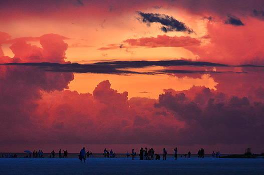 Sun set on Siesta Beach by Duane King