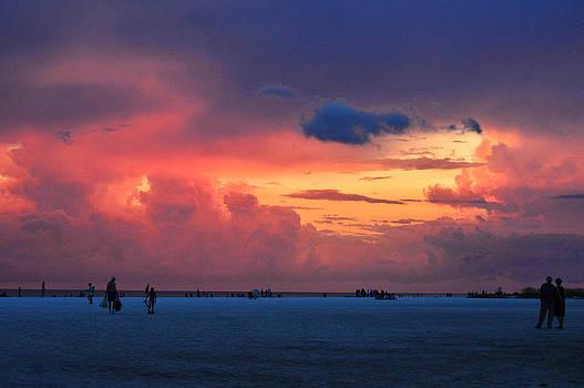 Sun set Siesta Beach FL by Duane King