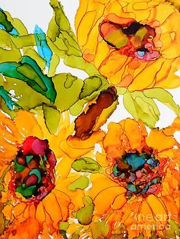 Sunflower Trio by Vicki  Housel