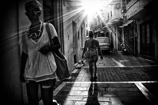 Sunlight Sunbright by Spyros Papaspyropoulos