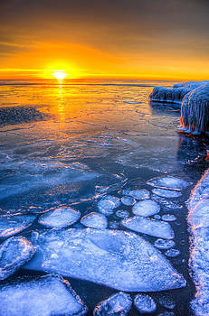 Sunrise Chicago Lake Michigan 1-30-14 02 by Michael  Bennett