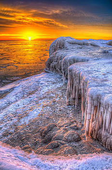 Sunrise Chicago Lake Michigan 1-30-14 05 by Michael  Bennett