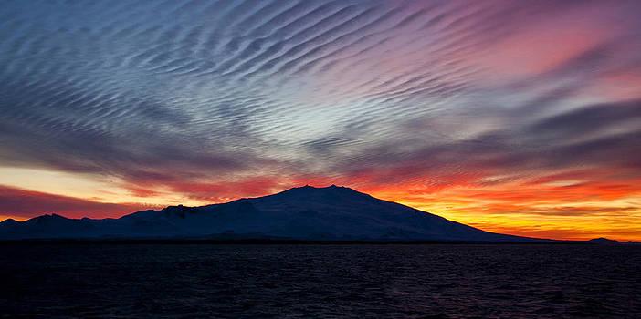 Sunrise in Mars by Stefan  Gudmundsson