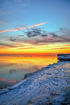 Sunrise Lake Michigan North of Chicago 1-4-14 006 by Michael  Bennett