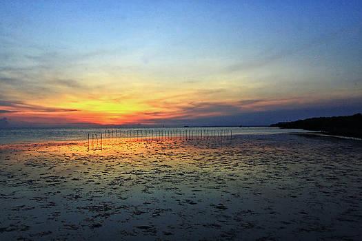 Sunset @ BangPuu by Suradej Chuephanich