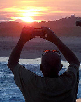 Sunset Eyes by Glenn McCurdy
