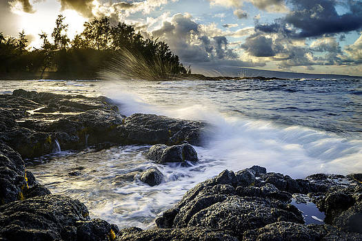Big Island - Sunset in Hilo by Francesco Emanuele Carucci