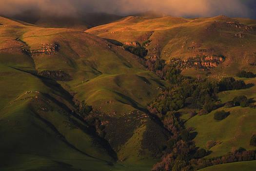 Frank Wilson - Sunset Over San Jose Mountains