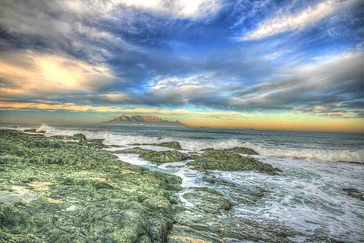 Sunset paradise by David Valentyne