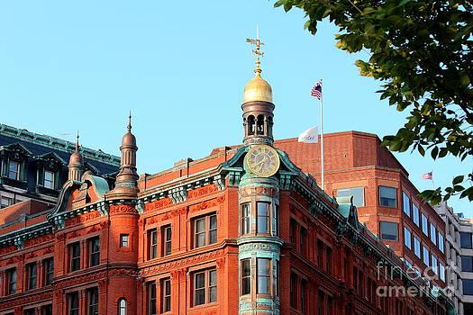 Suntrust Bank Building Washington DC by Cynthia Snyder