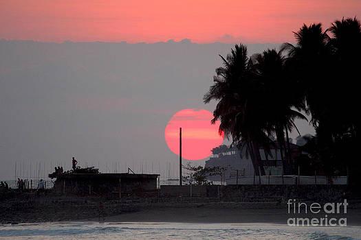Sunzal Red Sunset by Stav Stavit Zagron