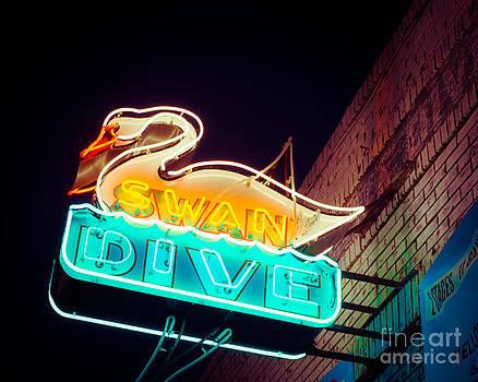 Sonja Quintero - Swan Dive Bar