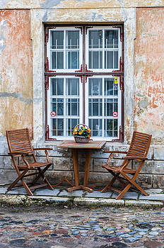 Table for two by Yevgeni Kacnelson