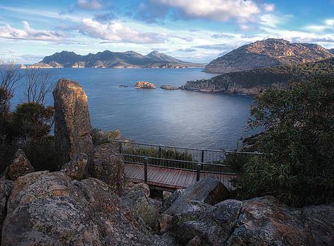 Tasmania the Beautiful State by Kim Andelkovic
