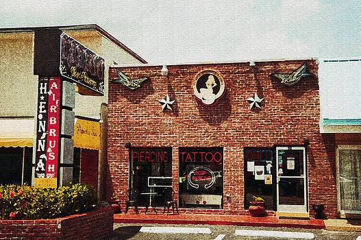 Laurie Perry - Tattoo Shop