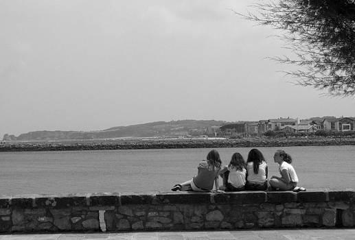 Teenagers by Gaitero