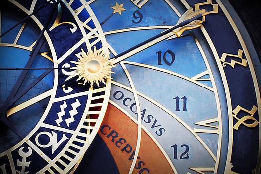 Ten O Clock by Enrique  Coloma