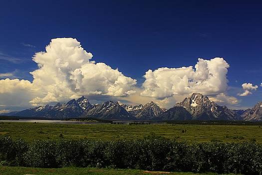 Teton Range by Richard Stillwell