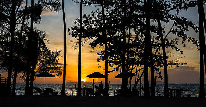 Thailand Sunset by Mike Lee