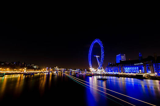 Thames Trails by James Evans
