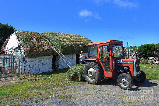 Joe Cashin - Thatching in the West of Ireland