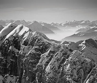 The Alps by Antonio Jorge Nunes