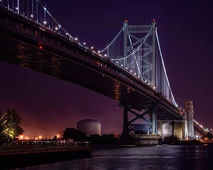 The Benjamin Franklin Bridge by Linda Karlin
