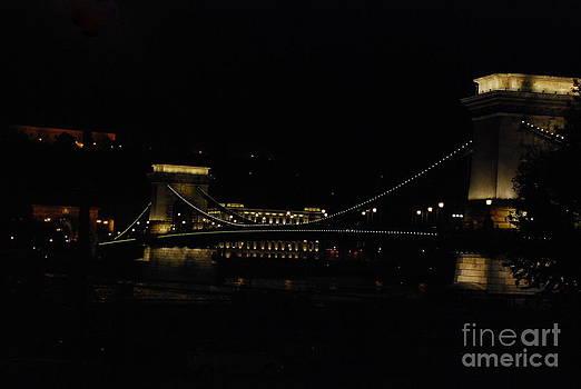 Joe Cashin - The Chain Bridge Budapest