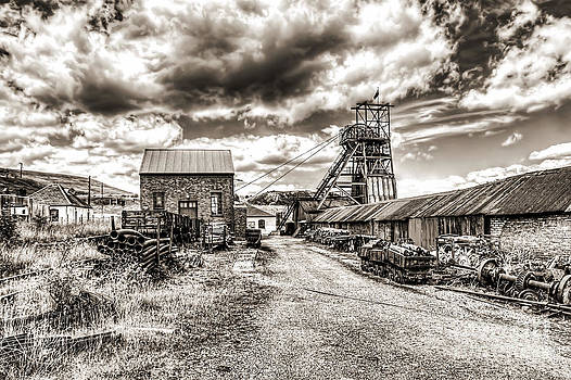 Steve Purnell - The Colliery 3 mono