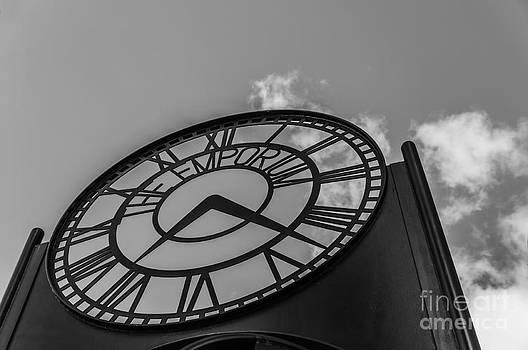 Steve Purnell - The Emporium Clock Mono