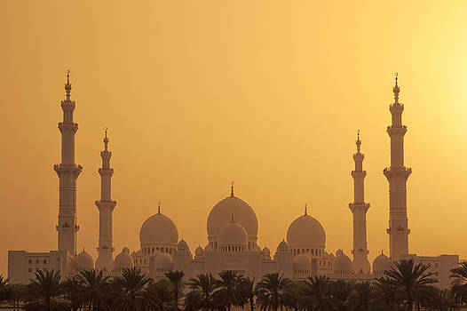 The Grand Mosque by Mario Moreno