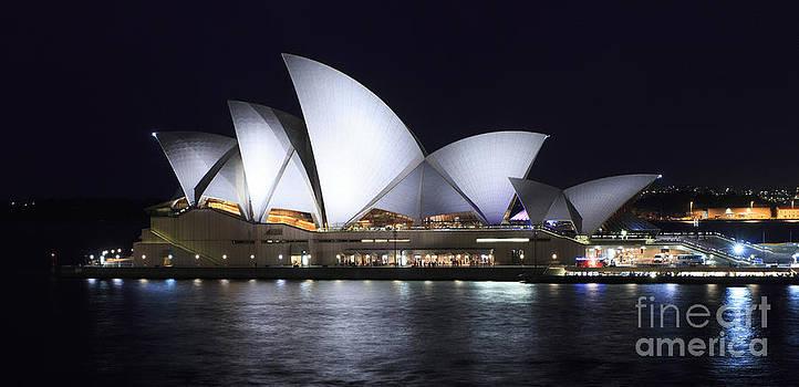 Sydney Opera House  by Tatjana Popovska
