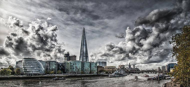 The Shard in Southwark by Dobromir Dobrinov