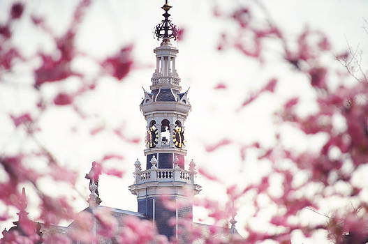 Jenny Rainbow - The temple bell dies away. Pink Spring in Amsterdam