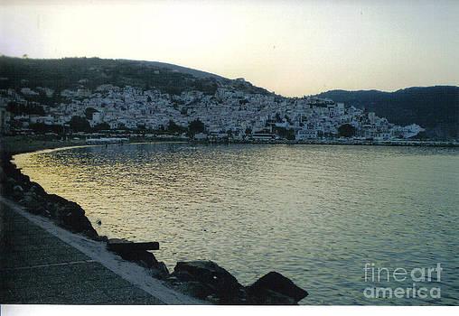 The town of Skopelos by Katerina Kostaki