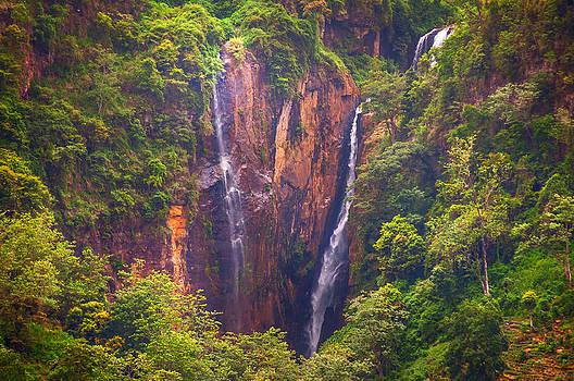 Jenny Rainbow - The Waterfalls. Sri Lanka
