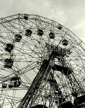 'The Wonder Wheel' by Liza Dey