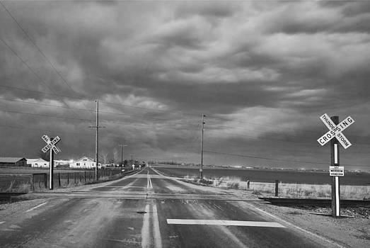 James BO  Insogna - Thunderstorm Crossing