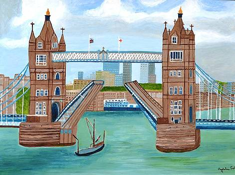Tower Bridge London by Magdalena Frohnsdorff
