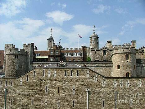 Tower of London by Carolyn Burns Bass