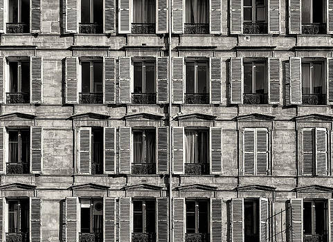 Traditional Facade in Paris. Black and White by Francesco Rizzato